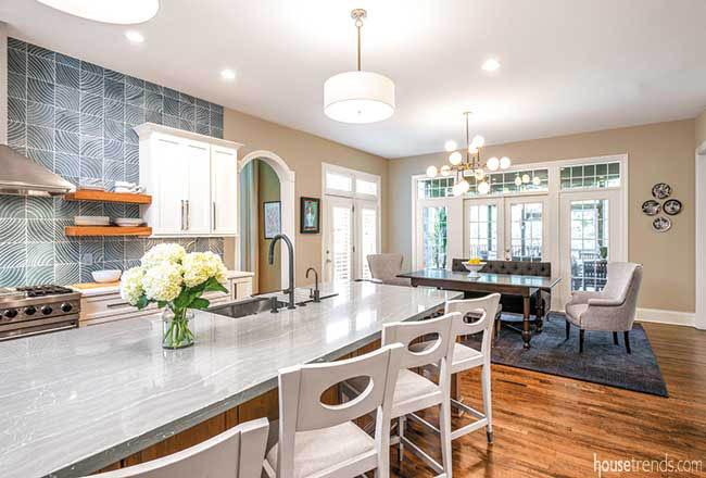 Quartz countertop stretches over a kitchen island