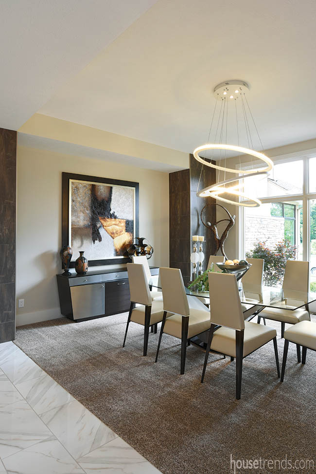 Stunning chandelier draws attention in a dining room
