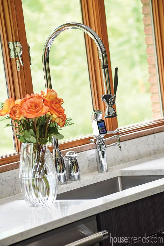 Kohler faucet complements a modern kitchen