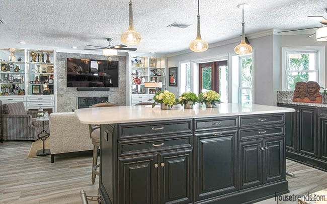 Kitchen island with seating for a crowd