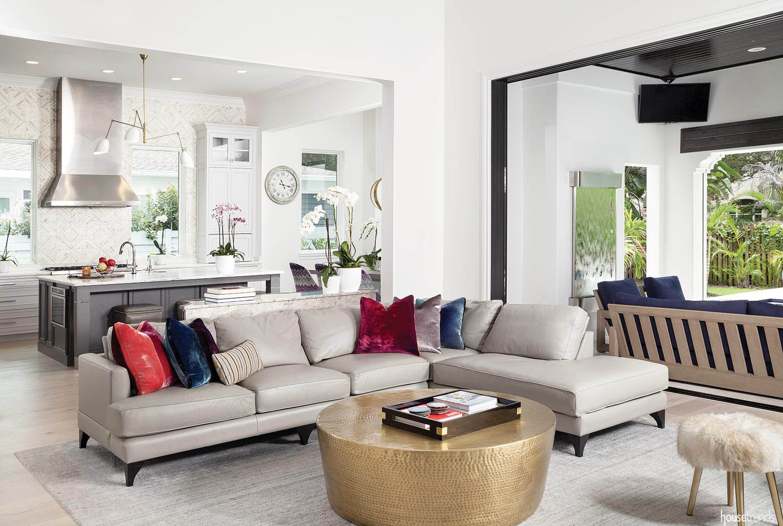 Accent pillows brighten up a great room