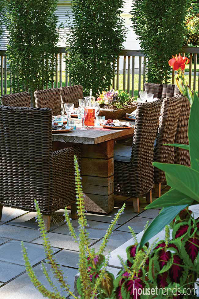 Tablescapes add color to an outdoor dining area