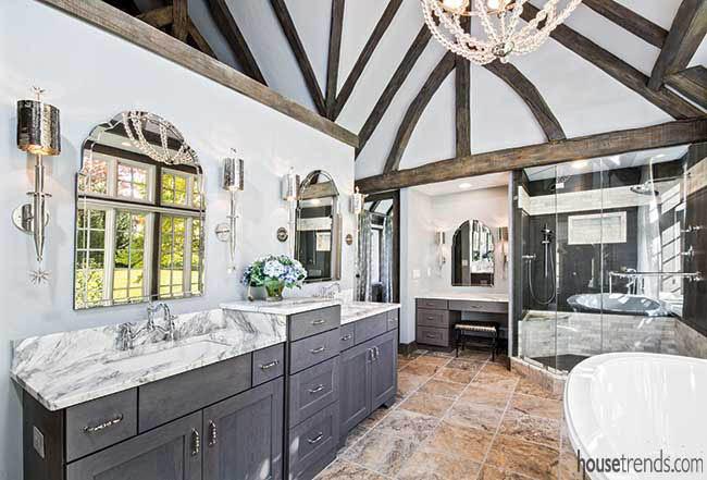 Spacious master bathroom design ideas