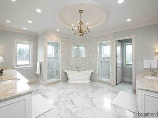 Natural light in a master bathroom design