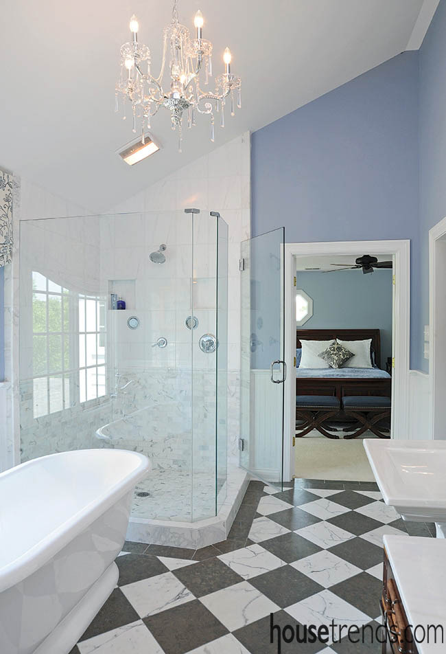 Soaking tub and framless shower offer options