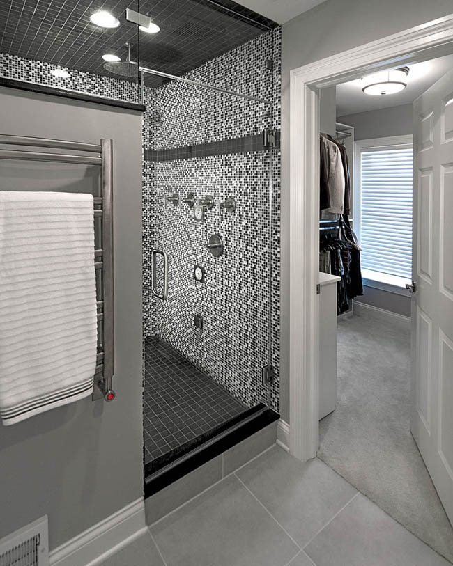Trendy bathroom design allows for the maximum amount of light