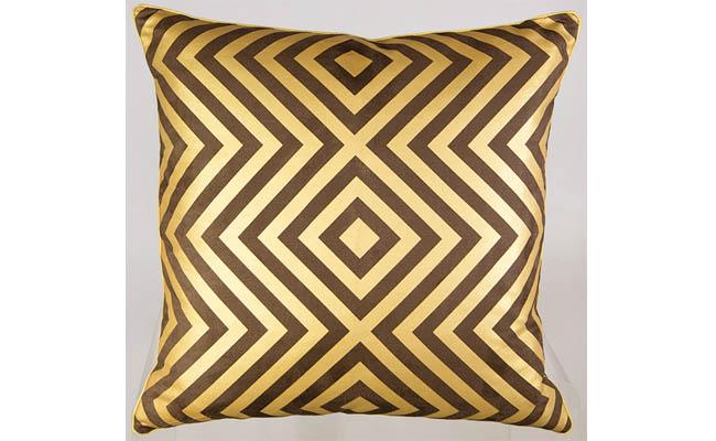 Throw pillow adds texture