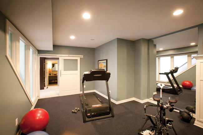 Fitness room design has remnants of a professional gym