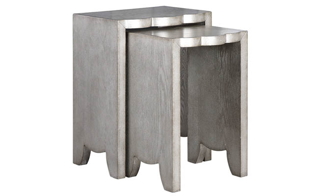 Nesting tables with scalloped top