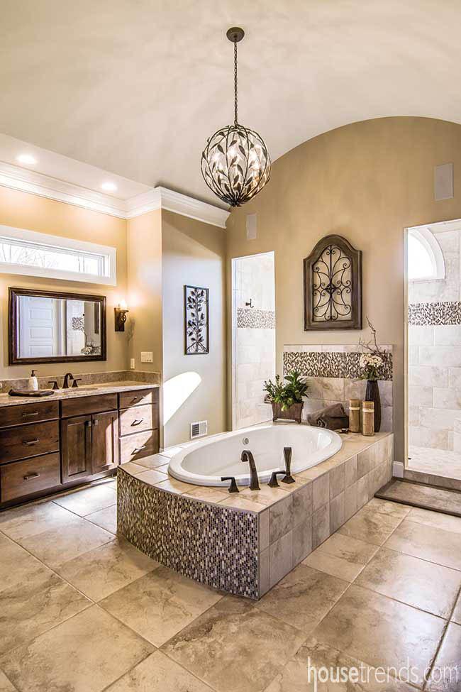 Wraparound shower in a master bath