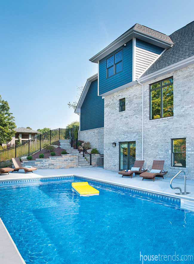 Fence adds safety to a swimming pool