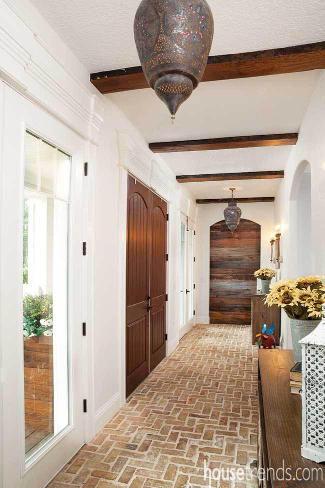 Bricks add warmth to a foyer
