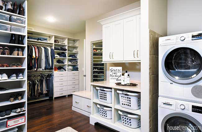 Walk-in closet hosts washer and dryer