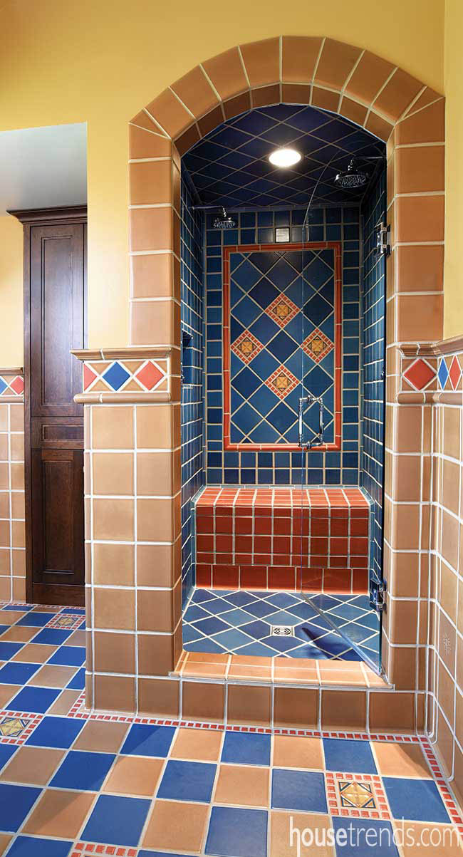 Shower focal wall made of tile