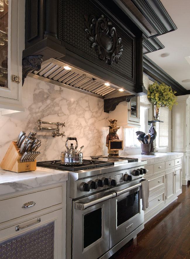 Marble countertops provide color contrast