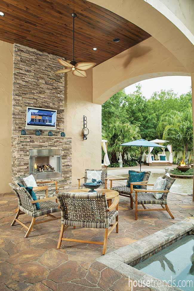 Gas fireplace in an outdoor seating area