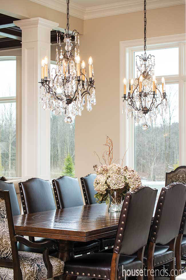 Chandeliers dress up a dining table