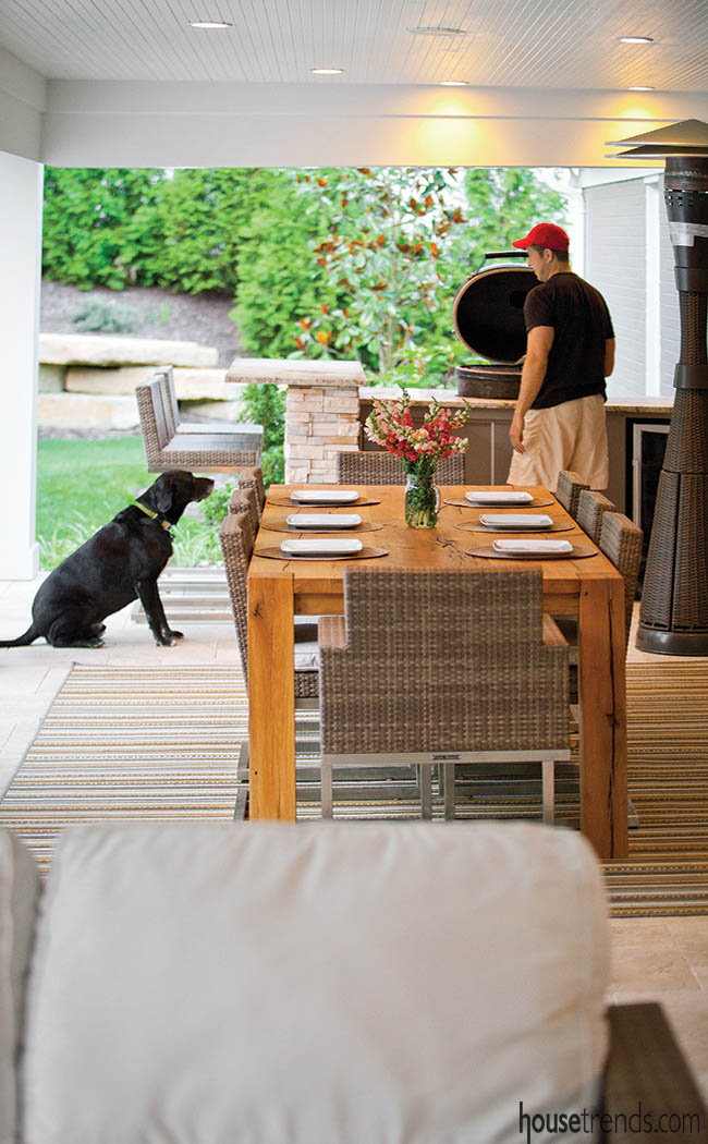 Deck design comes with a culinary area