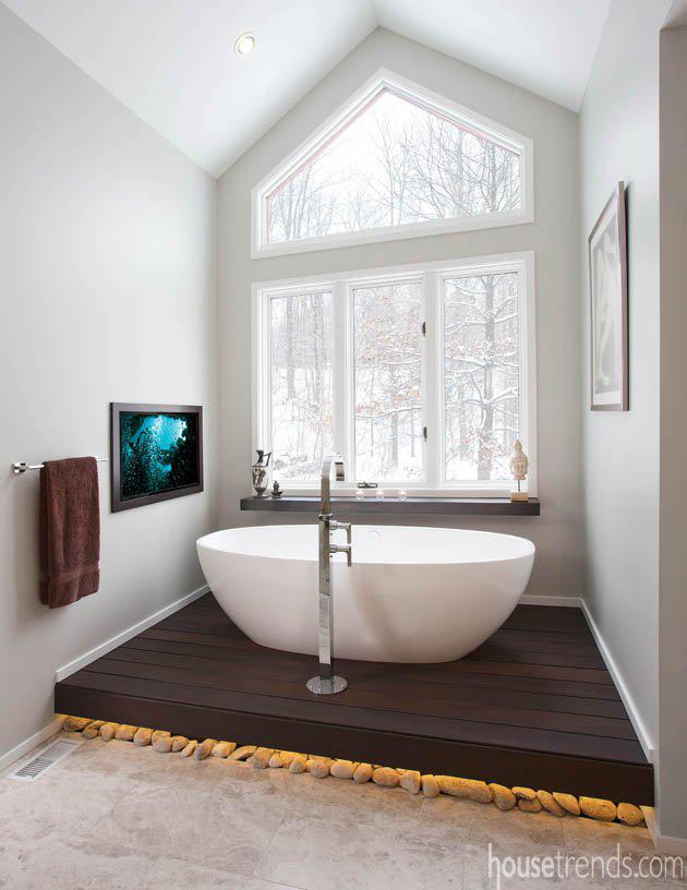 An ordinary soaking tub gets an extraordinary view