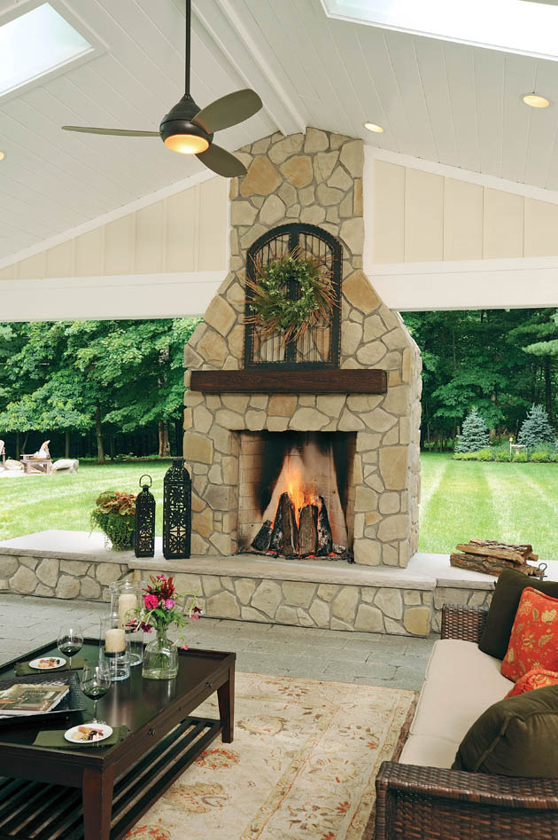 12_Columbus-Outdoor-Fireplace_CO_z