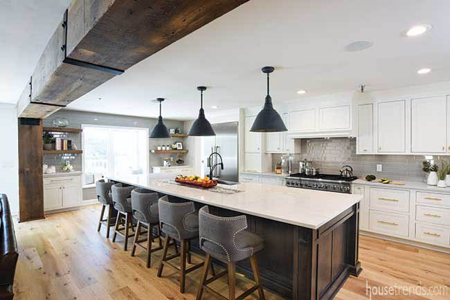Cabinets increase appearance of height in kitchen