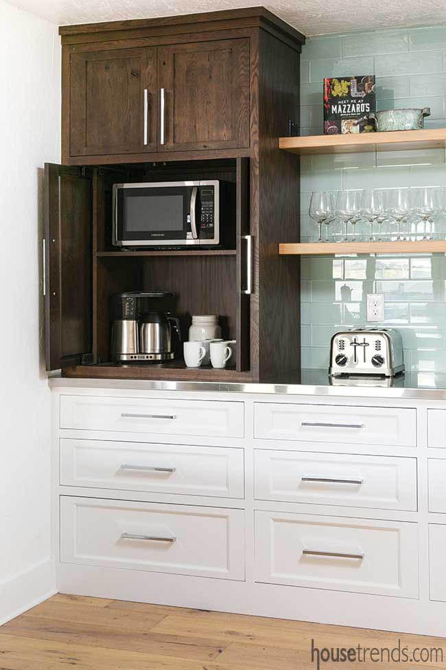 Retractable doors hide kitchen appliances