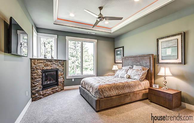 Light and bright bedroom design