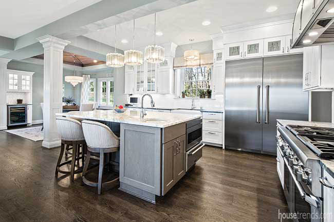White kitchen design with a timeless look