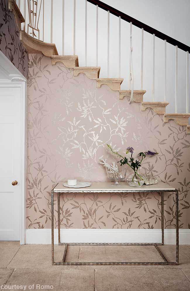 Blush wallcovering with a metallic sparkle