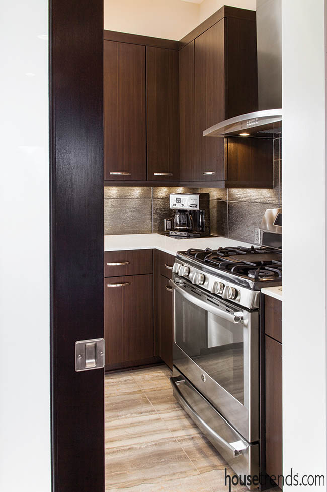 Prep kitchen keeps cooking odors away from guests