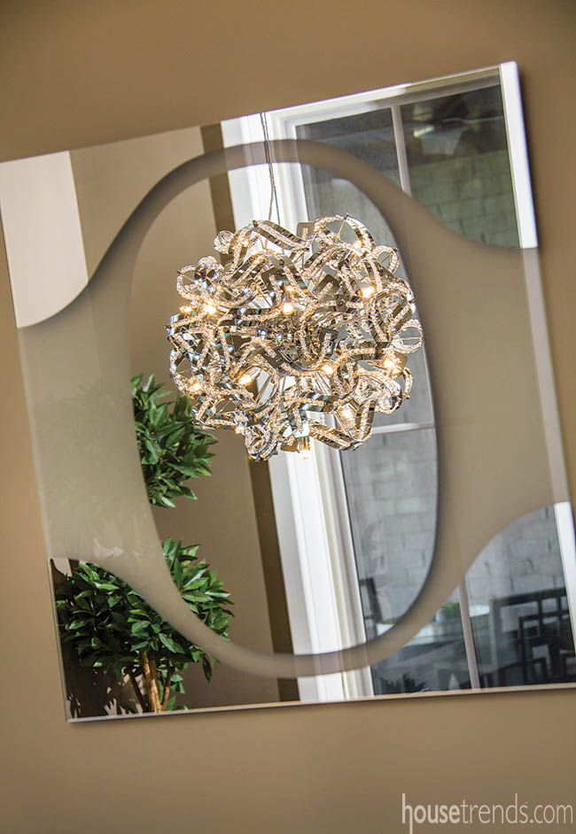Pendant light adds a little sparkle to an eating area