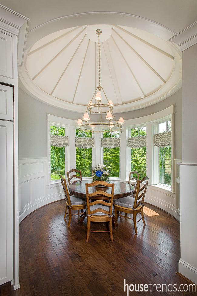 Windows introduce sun into a breakfast room