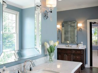 The Kohler undermount sink gives the countertop a clean look.