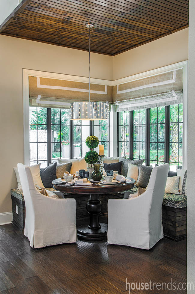 Roman shades are a good window treatment option for a breakfast room