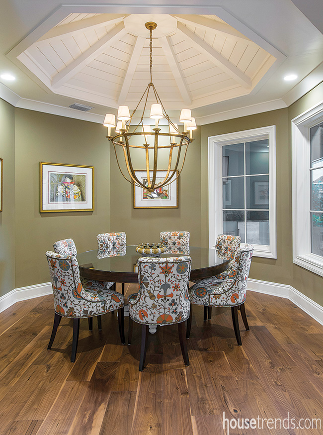 Chairs add whimsy to a breakfast nook