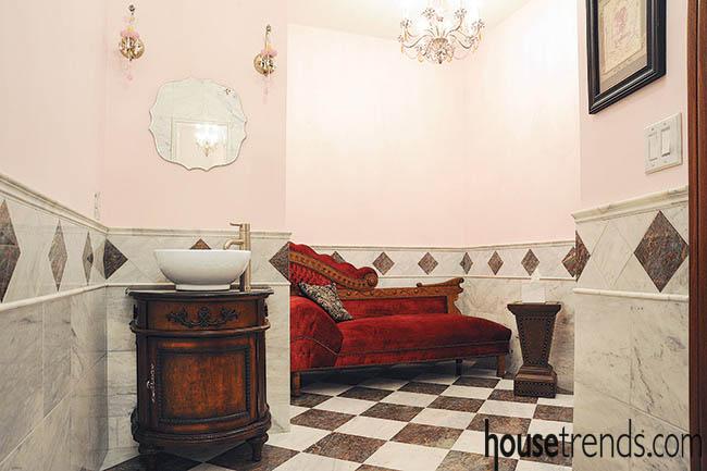 Pedestal sink creates an elegant atmosphere