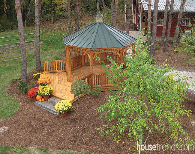 Gazebo goes hand-in-hand with nature