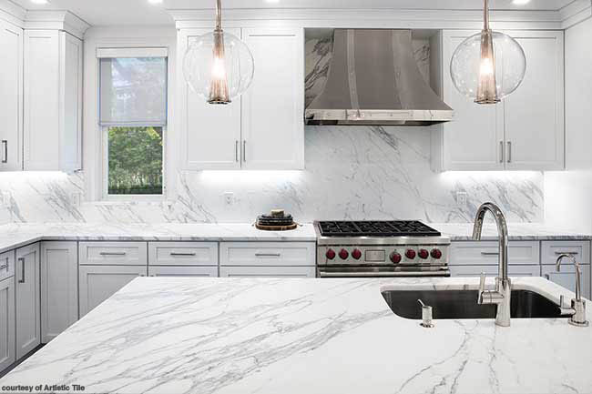 Marble connects countertop and backsplash