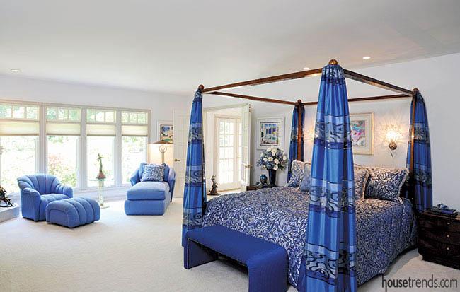 Sea-inspired bedroom design