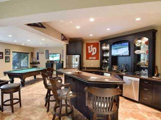 Home bar from Coates Custom Homes