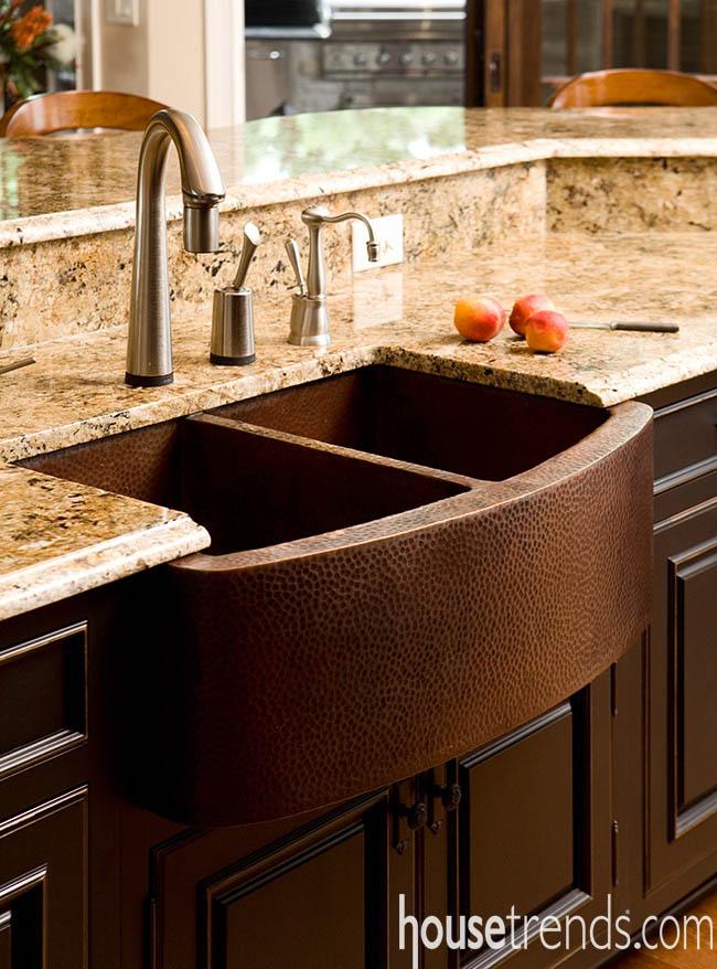 Copper farmhouse sink radiates warmth