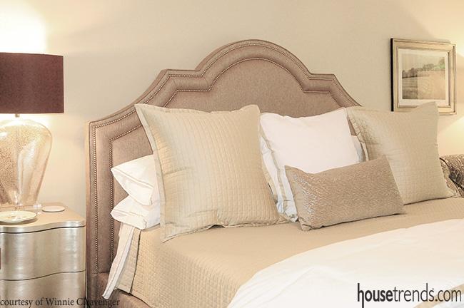 Bedroom's interior follows hot trends