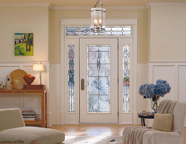 Fiberglass entry door with decorative glass