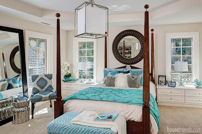 Bedroom decor plays with the available color palette