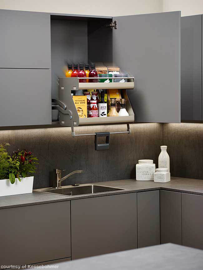 Convenient shelving system from 2018 KBIS