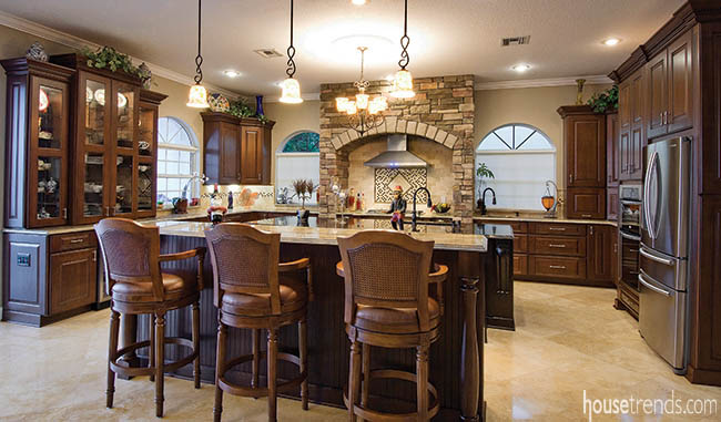 Kitchen cabinets with a timeless design