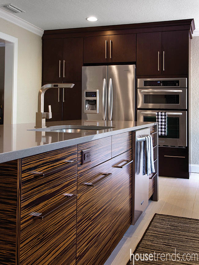 Island cabinetry makes a statement