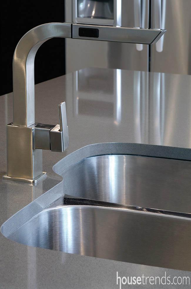 Faucet lends sophistication to a kitchen
