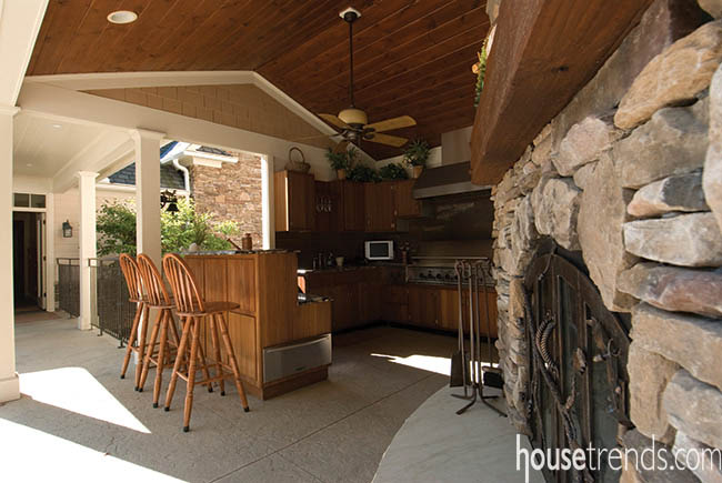 Outdoor kitchen gets three seasons of use