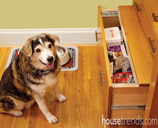 Kitchen drawer serves dual purposes